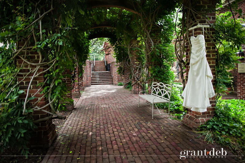Colonial Williamsburg Wedding Photography - Hampton Roads Wedding Photography - Hampton Roads Wedding Photographers